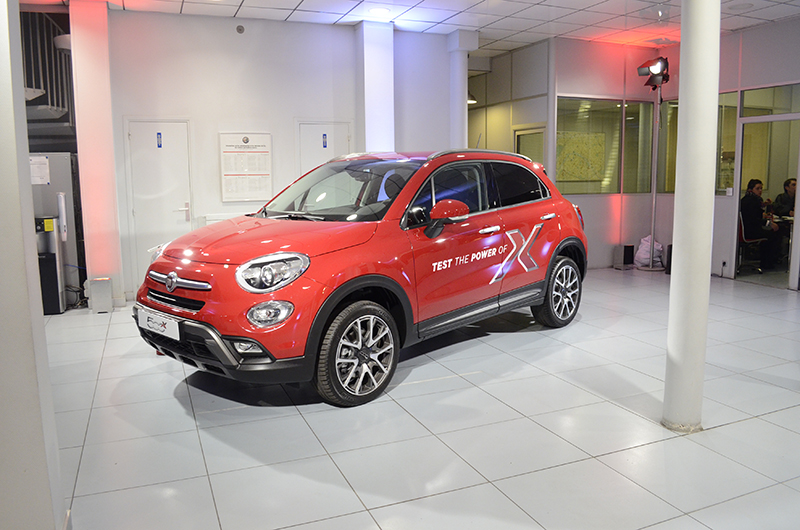 avant premiere fiat 500 x auto. Black Bedroom Furniture Sets. Home Design Ideas