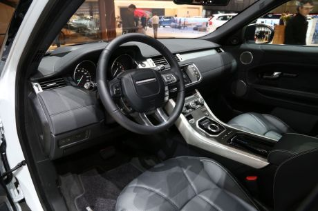 geneve2015 land rover presente le range rover evoque restyle auto. Black Bedroom Furniture Sets. Home Design Ideas