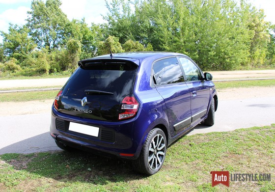 essai renault twingo 3 edition limitee cosmic 90 tce edc auto. Black Bedroom Furniture Sets. Home Design Ideas