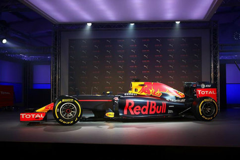 Red-Bull RB12 livree