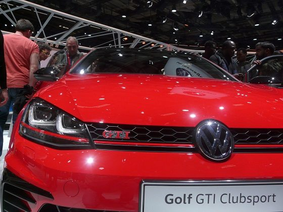 Mondial Automobile 2016 - Volkswagen Golf GTI Clubsport