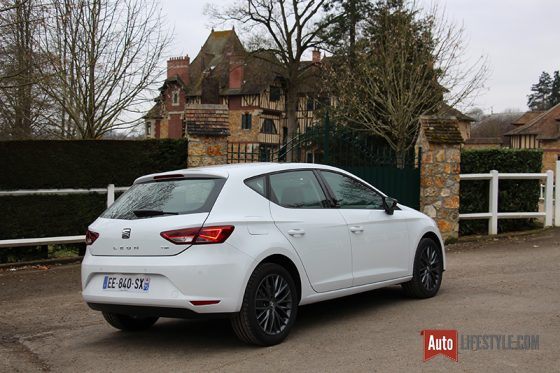 essai seat leon 1 4 tsi 150 ch dsg connect l attrait de l essence auto. Black Bedroom Furniture Sets. Home Design Ideas