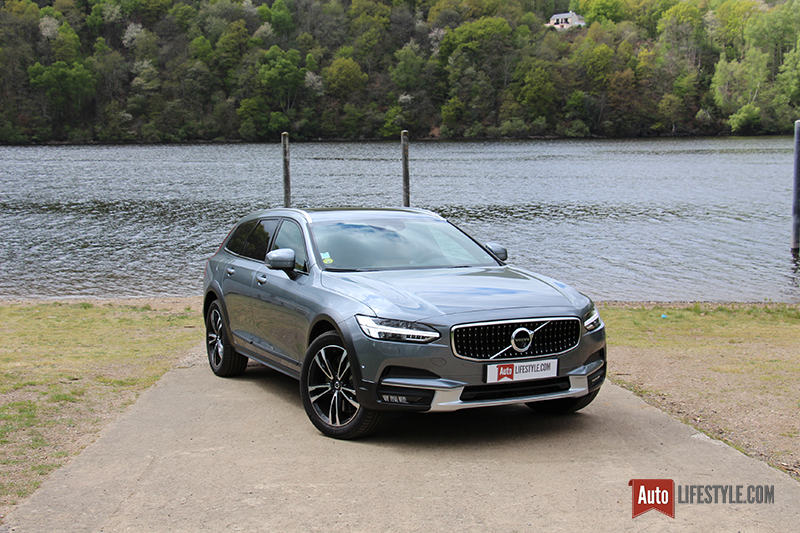 essai volvo v90 cross country d4 awd geartronic 8 luxe auto. Black Bedroom Furniture Sets. Home Design Ideas
