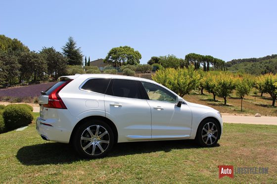 essai volvo xc60 d5 awd geartronic 8 r design auto. Black Bedroom Furniture Sets. Home Design Ideas