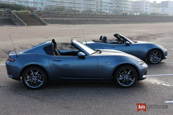 essai comparatif mazda mx 5 rf vs mazda mx 5 st auto. Black Bedroom Furniture Sets. Home Design Ideas