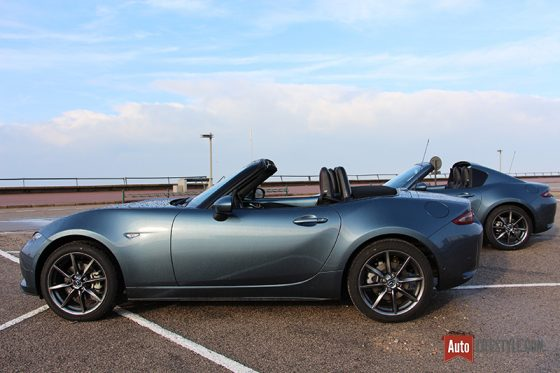 Mazda MX-5 ND ST 160 ch BVM Selection vs MX-5 ND RF 160 ch BVA Selection