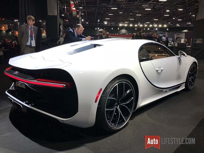 mondial auto 2018 bugatti chiron 2 auto. Black Bedroom Furniture Sets. Home Design Ideas